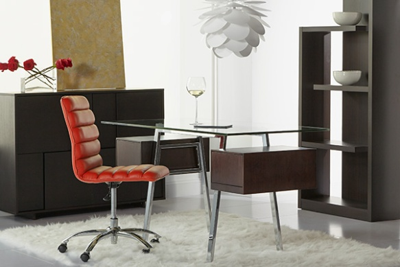 Collette Desk + Jaleh Office Chair