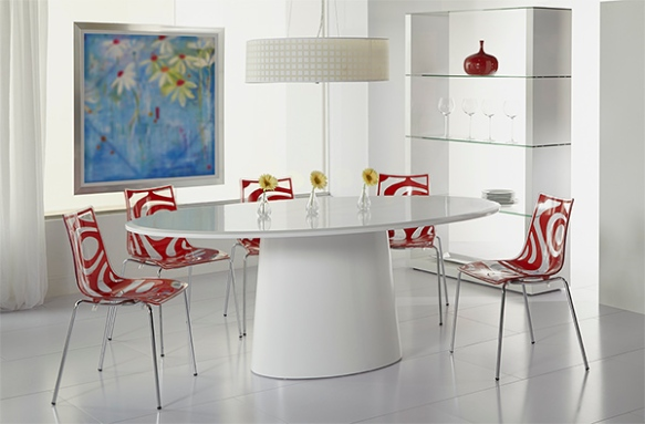 Wave Chairs + Deodat Dining Table